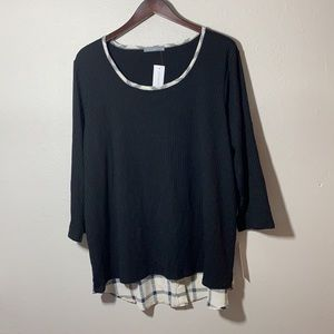 Loveappella mani button back contrast knit top 3X